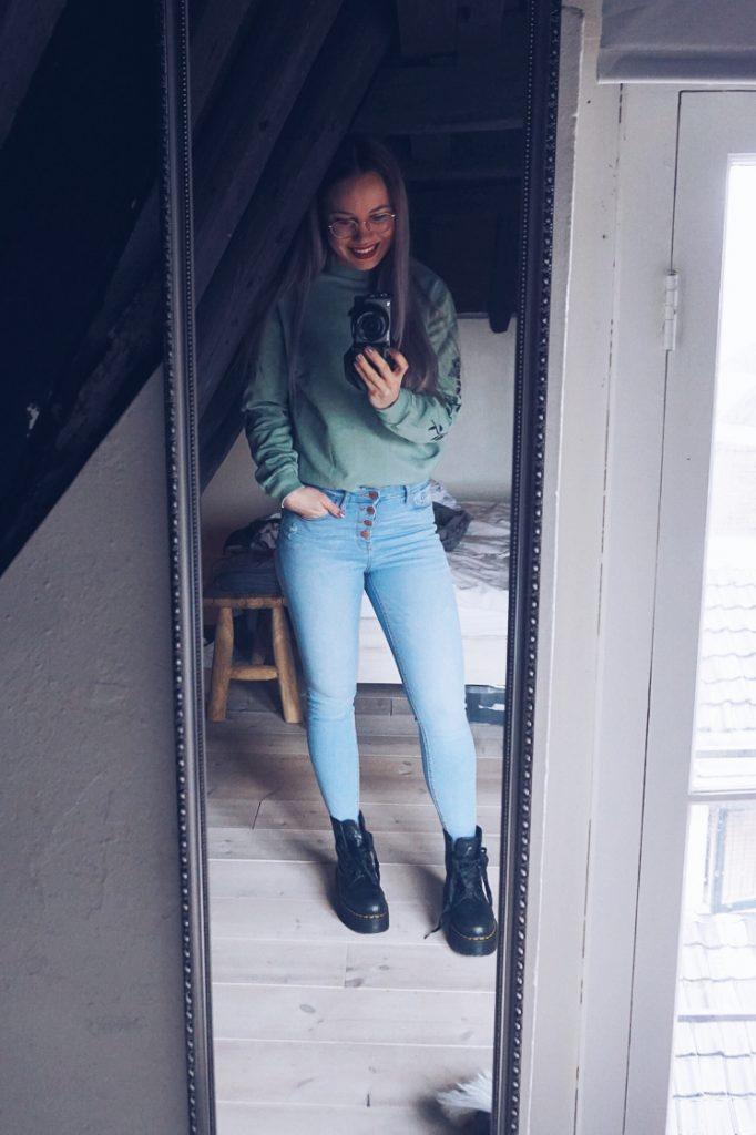 Shoplog februari outfit 1 zijkant fitnesswithasmile
