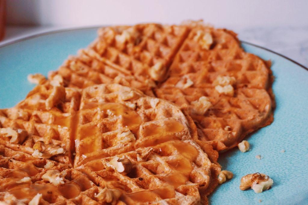 Carrotcake wafels ontbijt closeup fitnesswithasmile